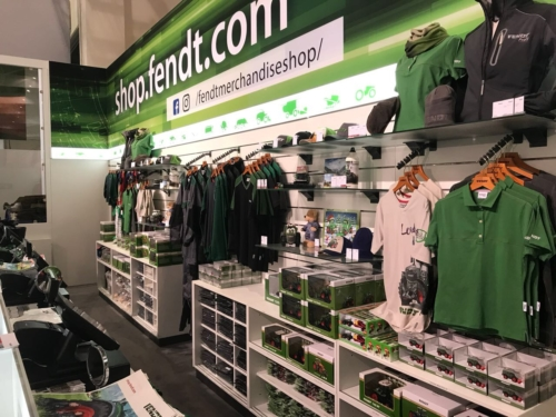 Der Fendt Merchandising Shop auf der Agritechnica 2017